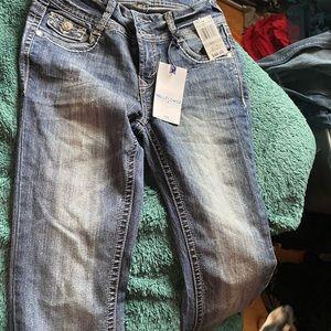 Wallflower Jeans NWT